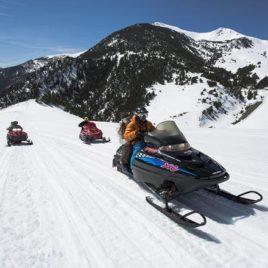Pack parejas! Moto de nieve doble 30 min + mushing 2 km  Pack parejas! Moto de nieve doble 30 min + mushing 2 km Motos de nieve Mushing Pirineus 268x268